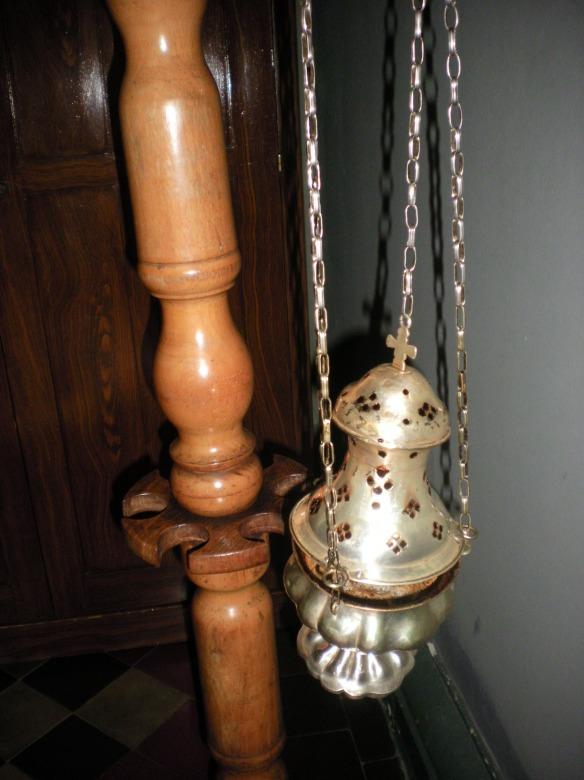 Catholic incenser