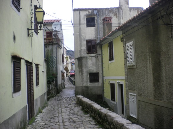 Small, narrow streets of Omisalj
