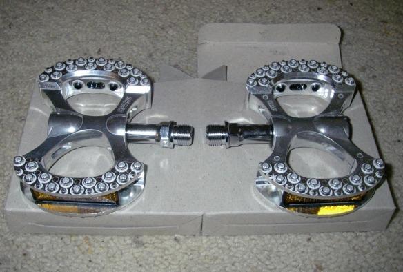 mks-lambda-pedals