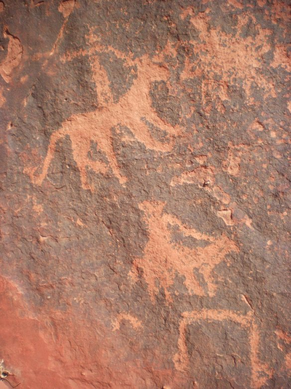 4,000 year old petroglyphs found in the canyons of Wadi Rum