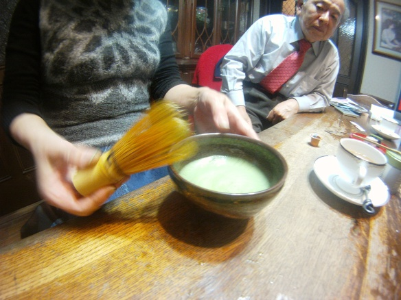 Macha, Japanese green tea mixed in milk