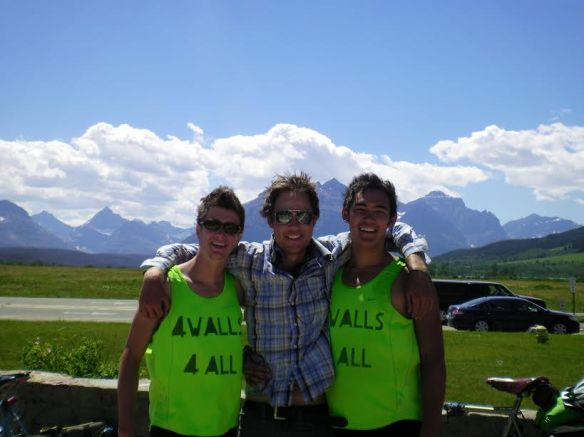 montana-with-friends-cycling